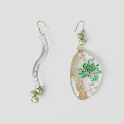 green press flower earrings