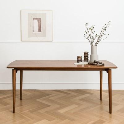 피카 6인 테이블