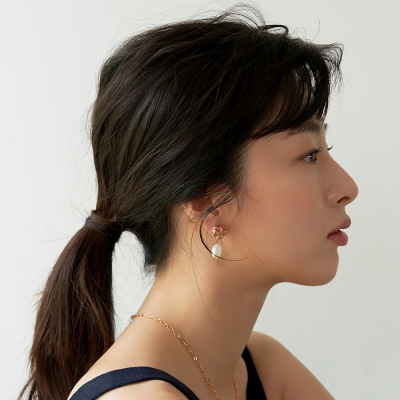 [스페이스42] 세라보니또 젬스톤 진주 귀걸이 FD0037ECR_(848497)
