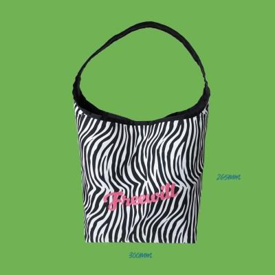 JULY'S PUNCH BAG_L