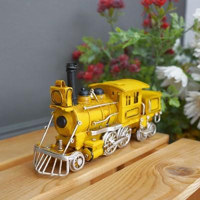 옐로우 앤틱 기차