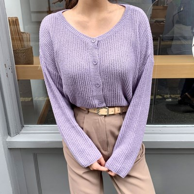 a soft v-neck cardigan_(1323152)