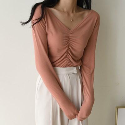 깊게 파인 브이넥 가슴 셔링 여리여리 여름 긴팔 티셔츠