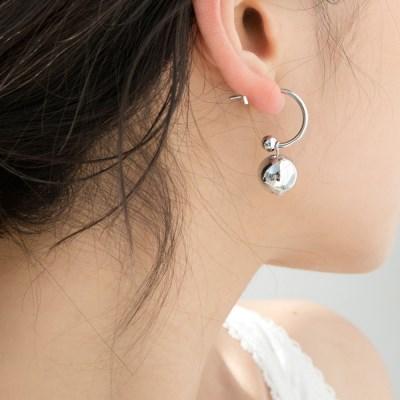 glossy ball earrings (2colors)