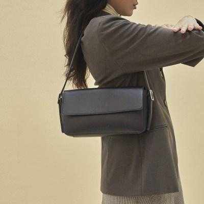 [11/22 예약발송] Emma baguette bag_blac