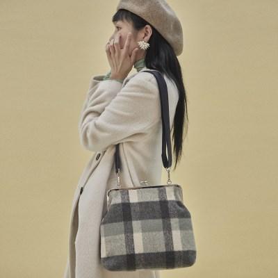 Amelie frame big bag_check navy