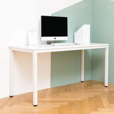 어썸 1500 입식 컴퓨터 책상 화이트 철제 테이블