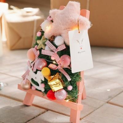 [선물포장] 마일드 핑크 크리스마스 미니화환트리+LED전구 장식