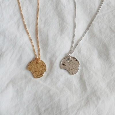 깨진 동전 목걸이 (2color)