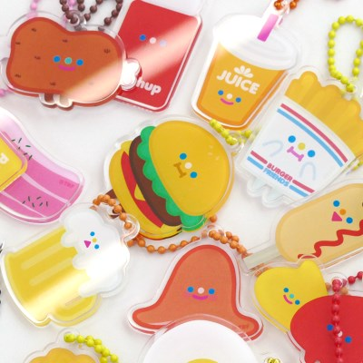 HAPPY PICNIC keyring 17type