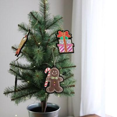 크리스마스 트리 장식 소품 자수 오너먼트 - 막스(MARKS)