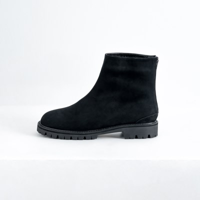 Chunky Sole Ankle Boots_Nubuck Black