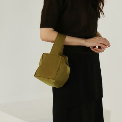 moment pouch bag _khaki green