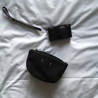 블랙 캔버스 파우치(Black canvas pouch)