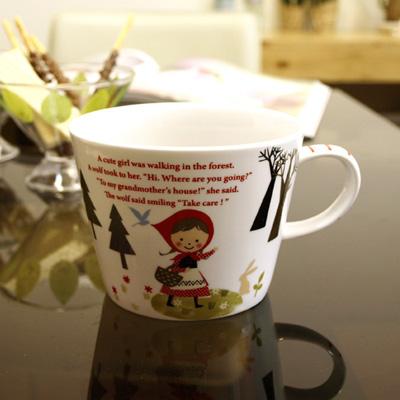 신지카토 Tittie Red Hood Soup Mug - Walking
