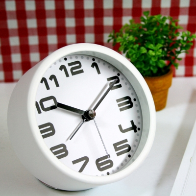 더 테이블 탁상 알람 시계 (화이트)
