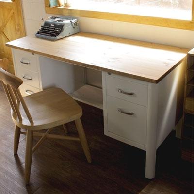 나무캣 철제 책상 (바닐라 크림)