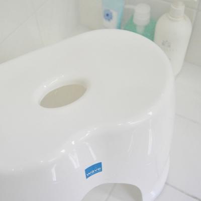 웨이브 욕실의자