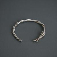 [��κ�]twit twist bracelet