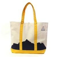 CAYL Mountain Tote