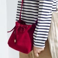 mini bucket bag_red color