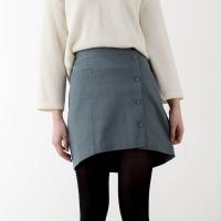 unbalance button skirt