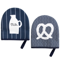 Milk & pretzel Gloves