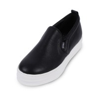 Skoll Slip On_Black