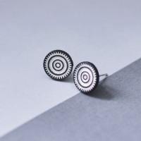 FLOS Flower Black & White Earrings 02