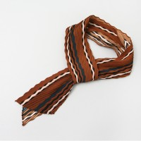 A Stripe Pleats Tie Scarf