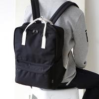 SQUARE Backpack - 블랙
