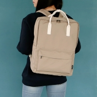 SQUARE Backpack - 베이지