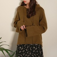 Collar loose fit knit