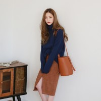 Loose-fit cozy pola knit