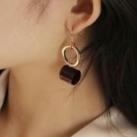 wine block drop earring