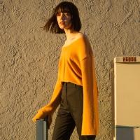AMIE CASHMERE V-NECK SWEATER atb120w(Orange)
