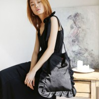 ribbon satin shoulder bag_black