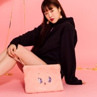 BONBON COTTON CANDY FUR CLUTCH - BABY PINK