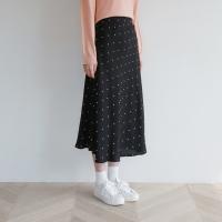 Dot a-line long skirt