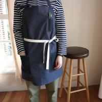 [haku.haru] pin stripe apron