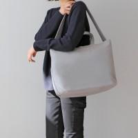 SIGNATURE X SHOULDER BAG