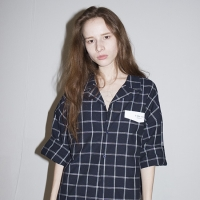 Three-quarter Check Shirts (NAVY)