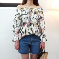 Propose off-shoulder blouse