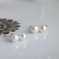 미니 진주 귀걸이(6월탄생석)mini pearl earring
