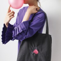 소풍가는 개미씨 picnic bag - 아스팔트 위 풍선껌