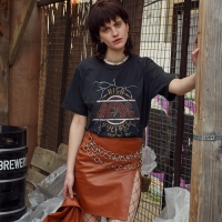 UNISEX ARTIST COLLABORATION T-SHIRT atb142u(AC/DC)