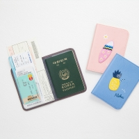 TROPICAL PASSPORT CASE