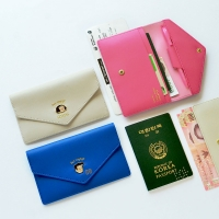 Du-dum Travel Wallet