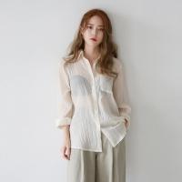See-through wrinkles shirt
