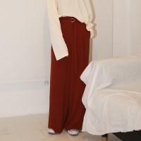 Loose-fit belt slacks
